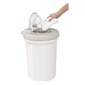 Easy To Use Pail From Safety 1st