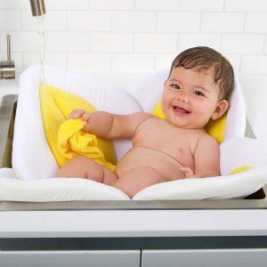 Blooming Bath Yellow Baby Lotus Bath